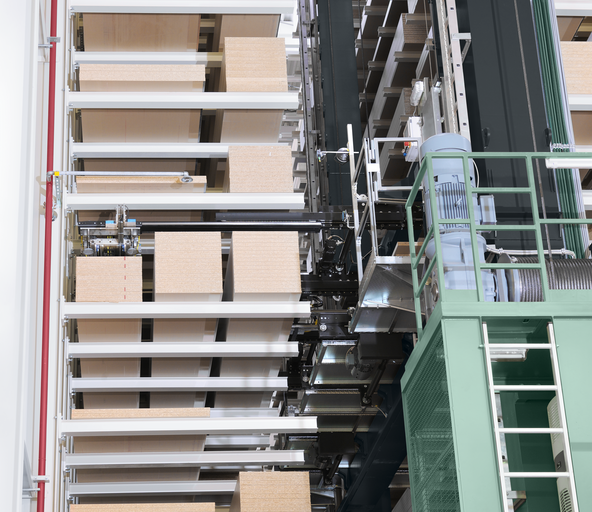 Order picking of a panel in a high-bay warehouse