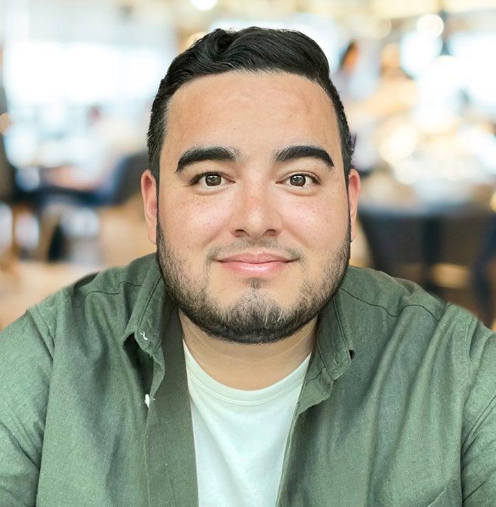 Adam Figueroa profile