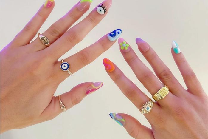 Fun print nails