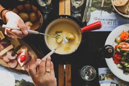 fondue pot with food