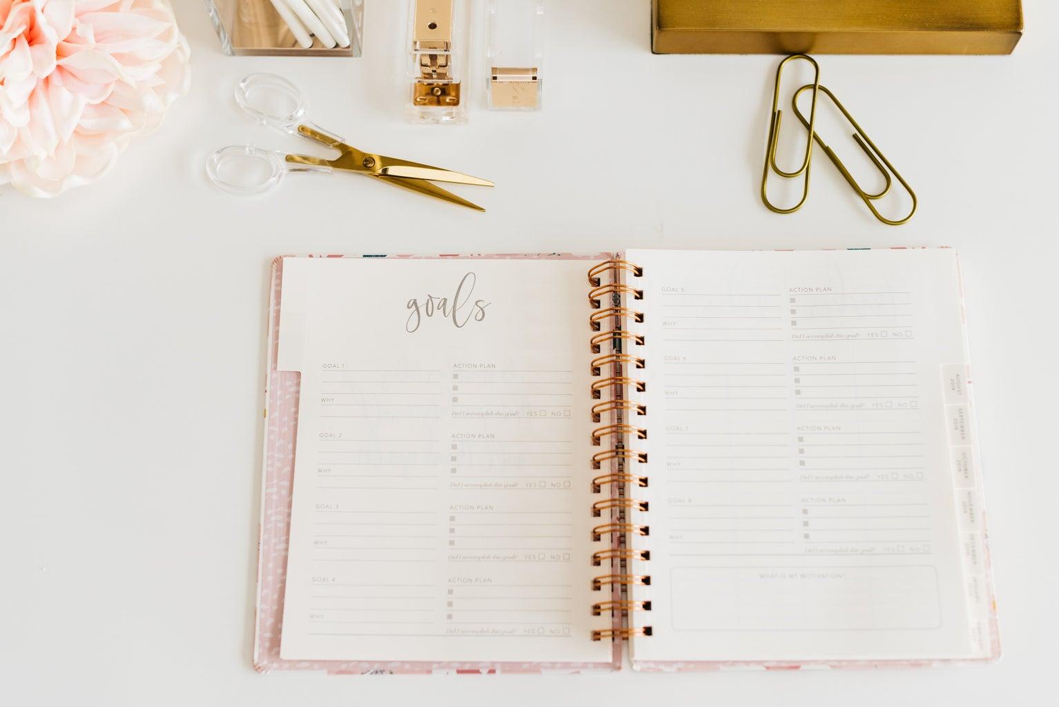 Back-to-school supplies, agenda