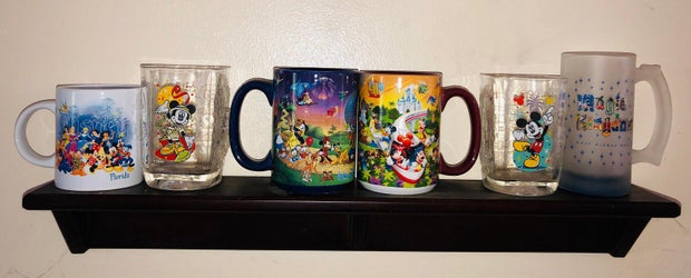 Disney themed cups/glasses