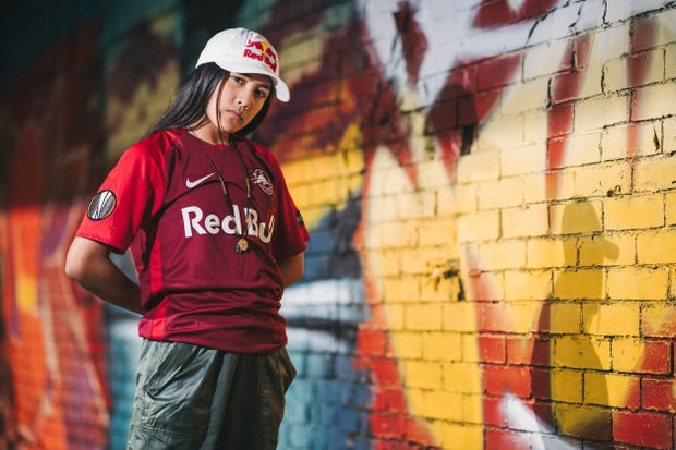 Logan signs with Red Bull