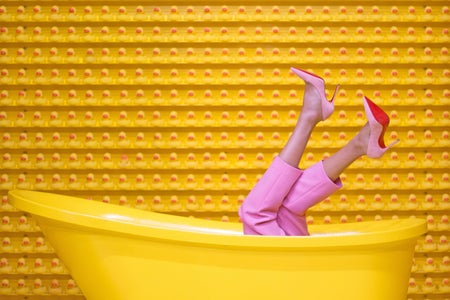 yellow bathtub with heels