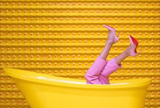 yellow bathtub with heels