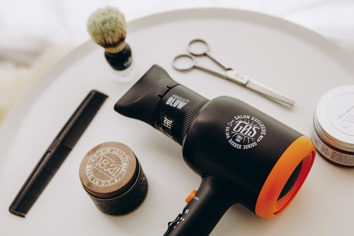 hairdryer and accessories