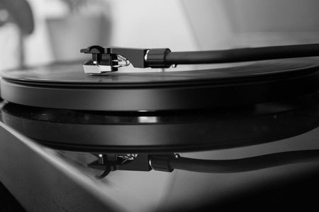 """grayscale photo of vinyl player"""