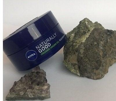 Night Cream Product with rocks