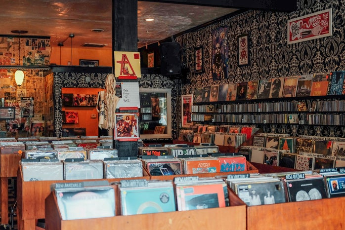 Retrofit Records 4