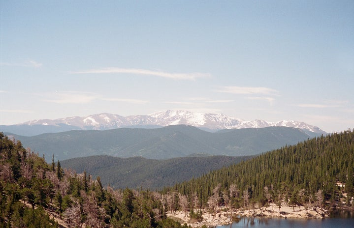 picture of Colorado mountains