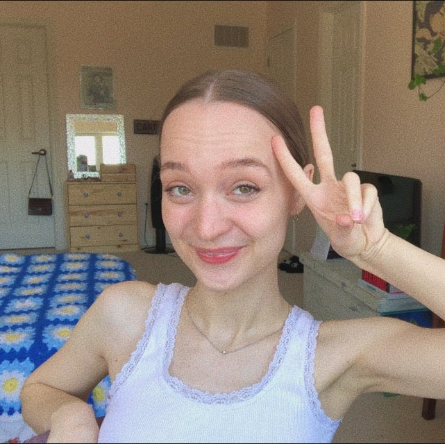 carley with a peace sign