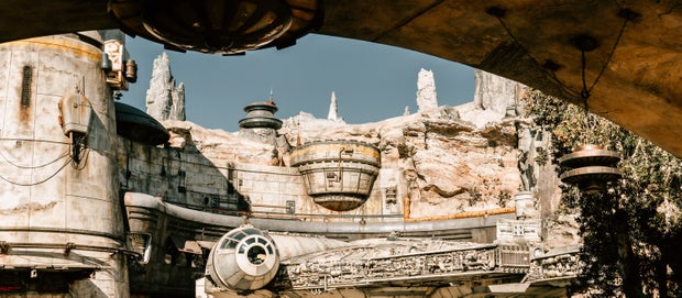Galaxy's Edge at DisneyLand