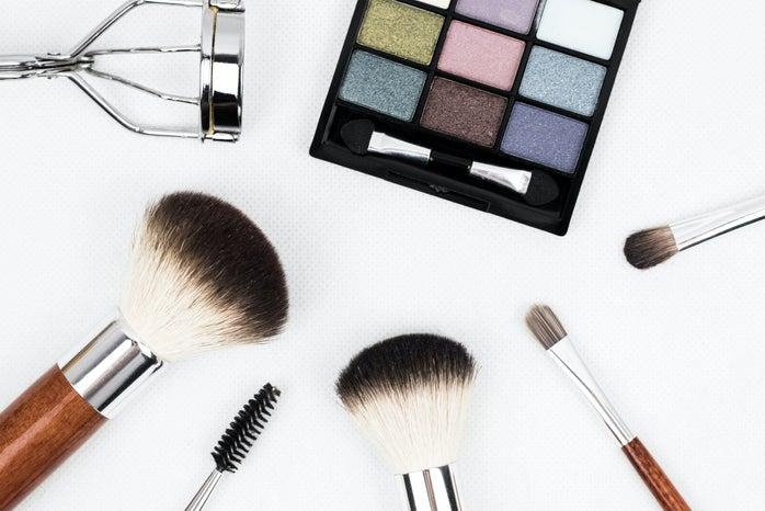 Makeup brushes & Palette