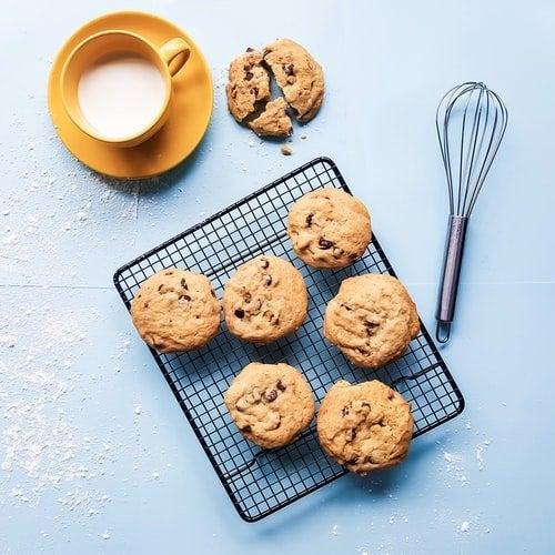 cooking cookies with milk