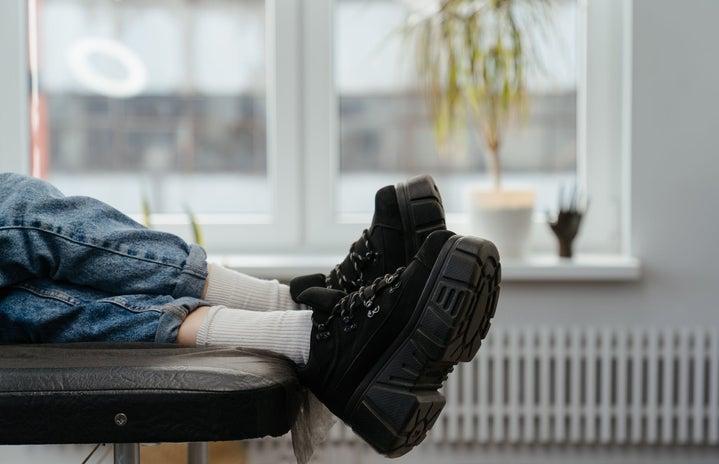 chunky lace up boots fall fashion