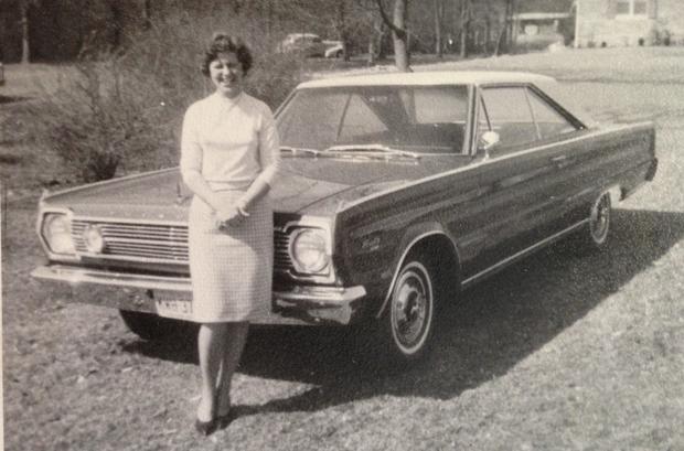 gigi with her car