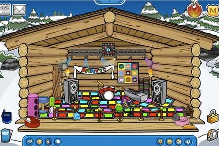 Club penguin disco