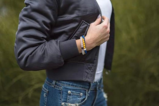Woman with Hofstra University lokai bracelet