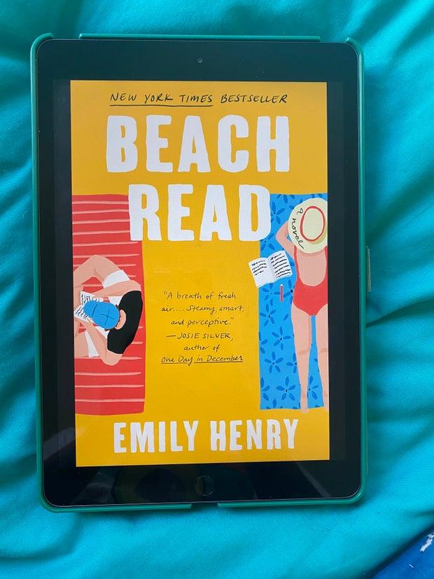 Beach Read Emily Henry Cover
