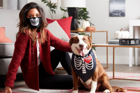 Milk-Bone Halloween Mask and Bandana Set