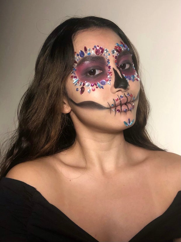 girl with halloween makeup look