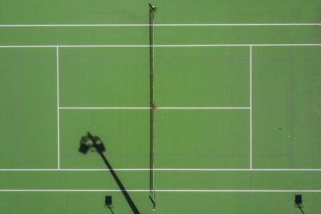 Tennis, two people playing tennis