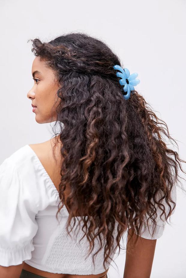 Model wearing hair clip