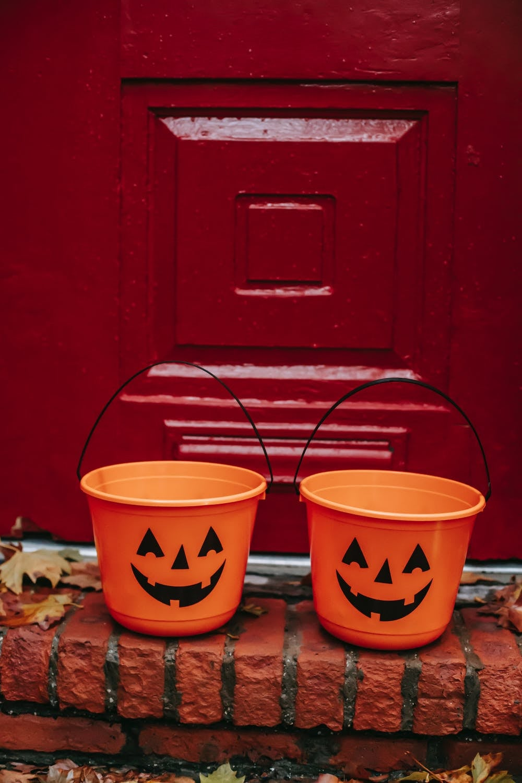 halloween pumpkin buckets