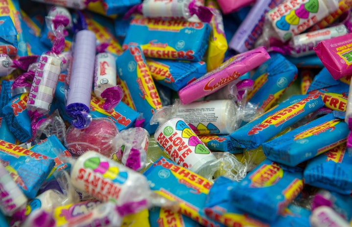 assorted flavour candies