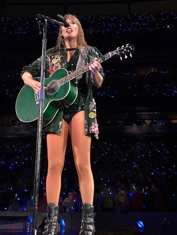 Taylor Swift Reputation performance
