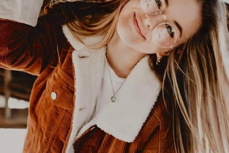 girl with glasses photography