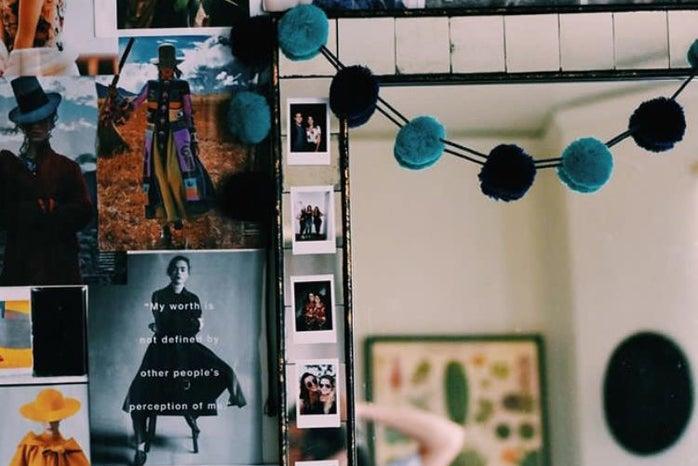 wall mural mirror apartment magazines