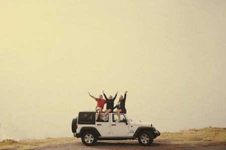 travel friends sunset roadtrip jeep adventure nature