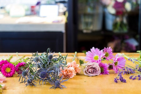 flowers poppy coffee shop boquet colorful