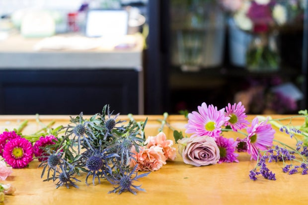 flowers poppy coffee shop boquet colorful