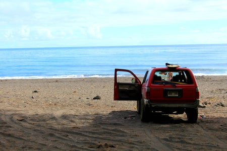 hawaii jeep surf board beach