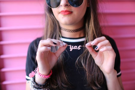 yas necklace red lips sunglasses pink wall