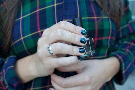 The Lalanavy Nails And Plaid Shirt