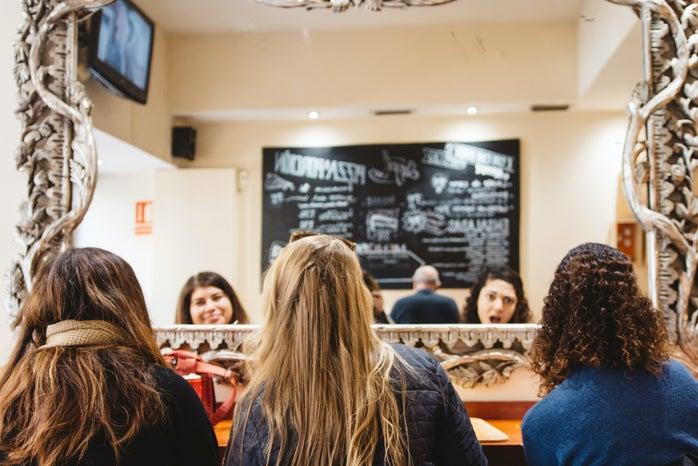 Cameron Smith-Girls Friends Hair Food Abroad Spain Scarf Mirror Restaurant