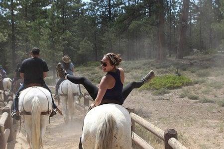 Maria Scheller-Hiking Girl Adventure Utah National Park