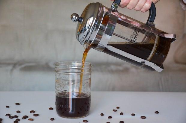 Coldbrew French Press Pouring Coffee
