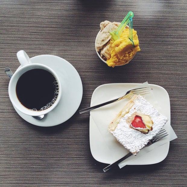 Black Coffee Pastry Fellini