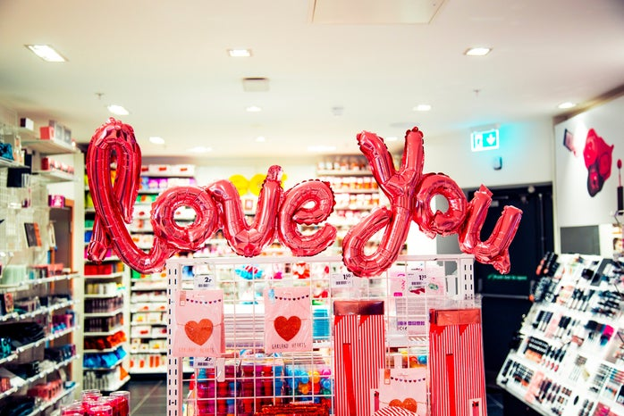love you balloons pink
