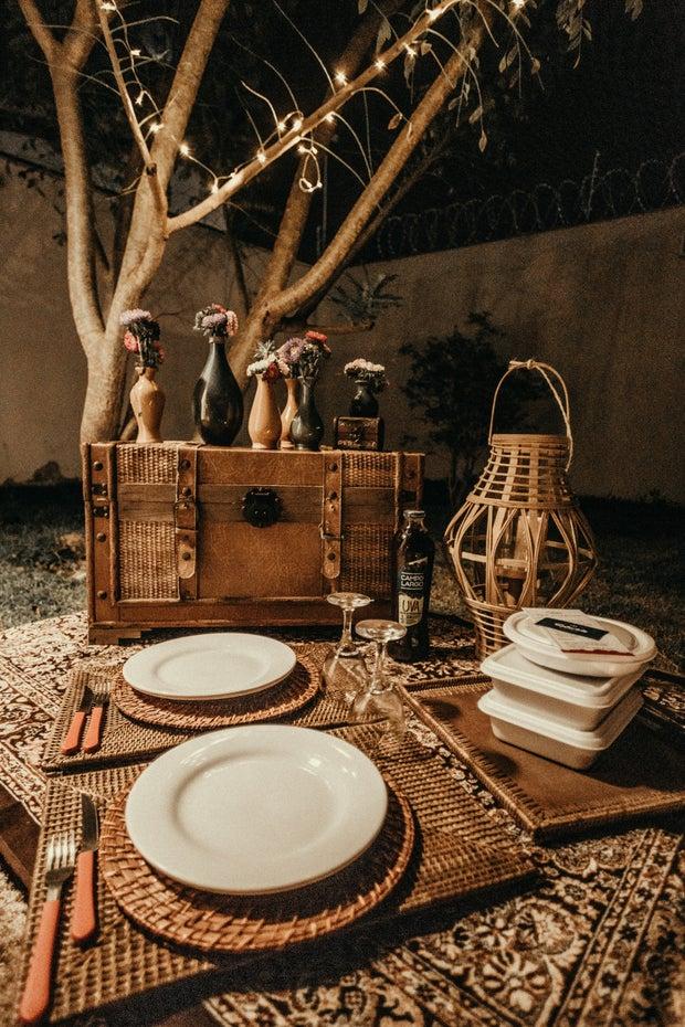picnic date night