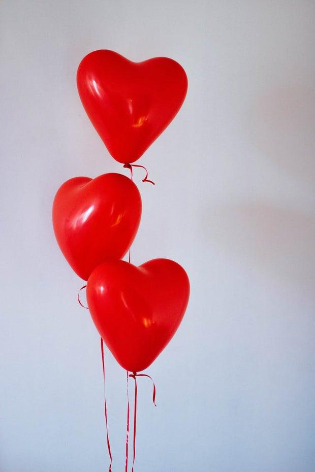 3 heart balloons