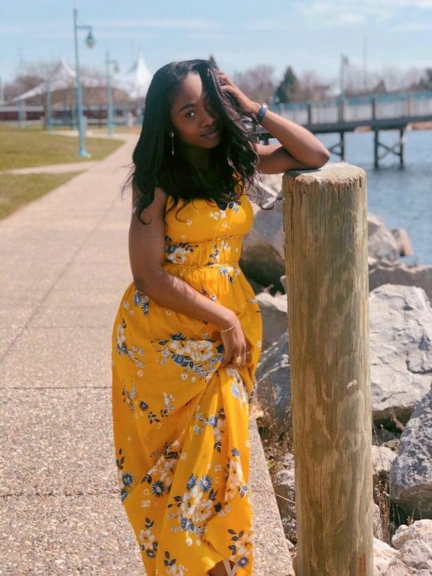 Kiara in yellow dress