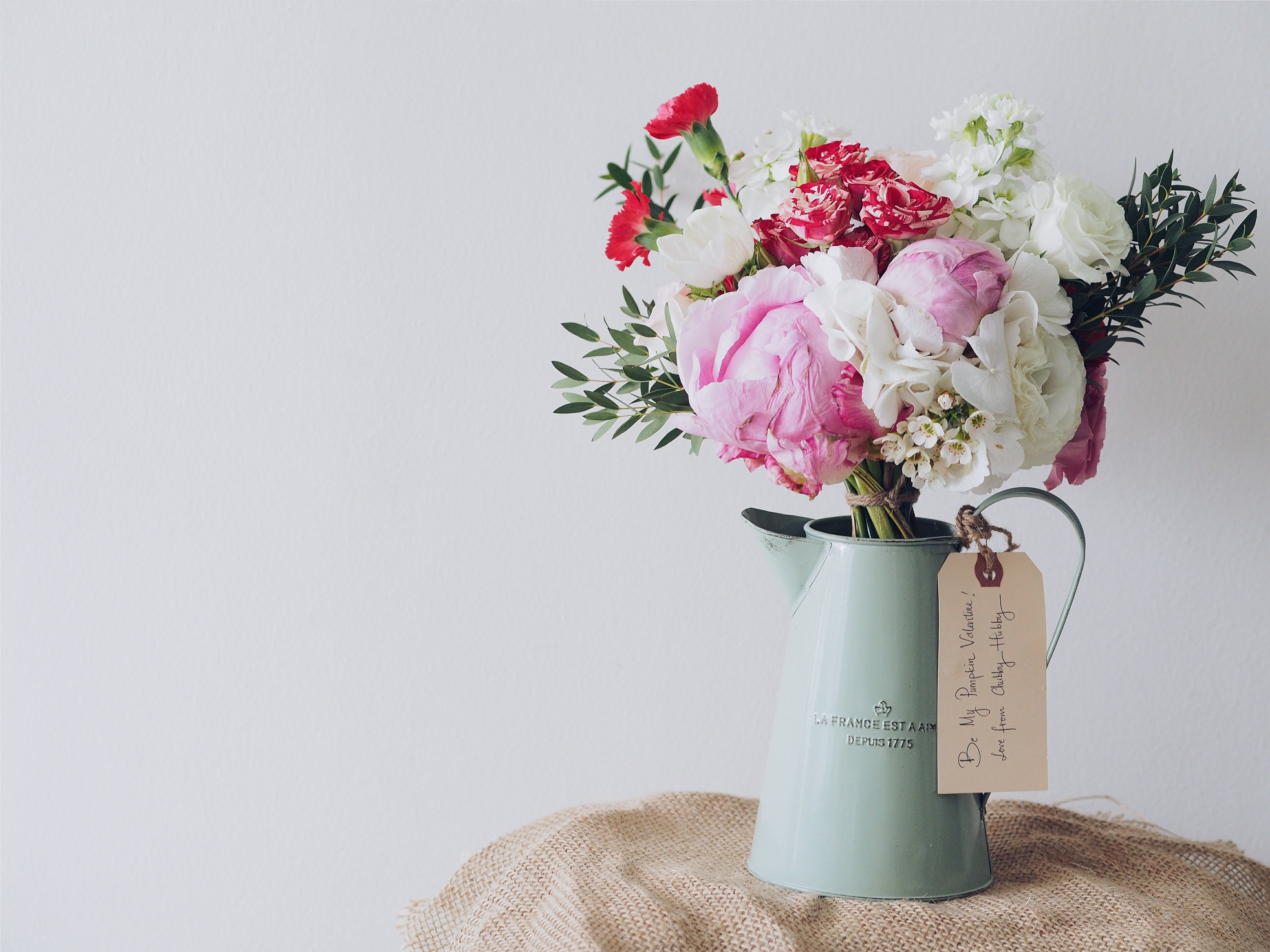 flower vase bouquet