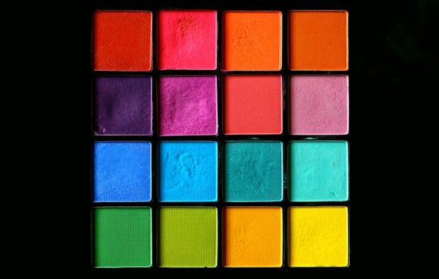 Rainbow pressed powder eye shadow make-up palette