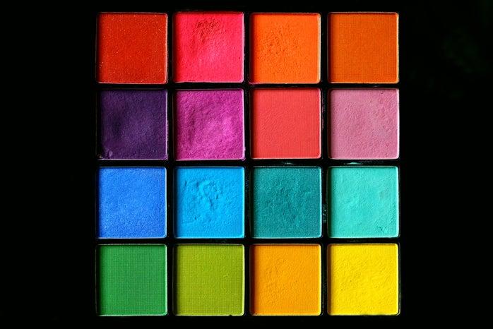 Rainbow pressed powder eye shadow make-up palette