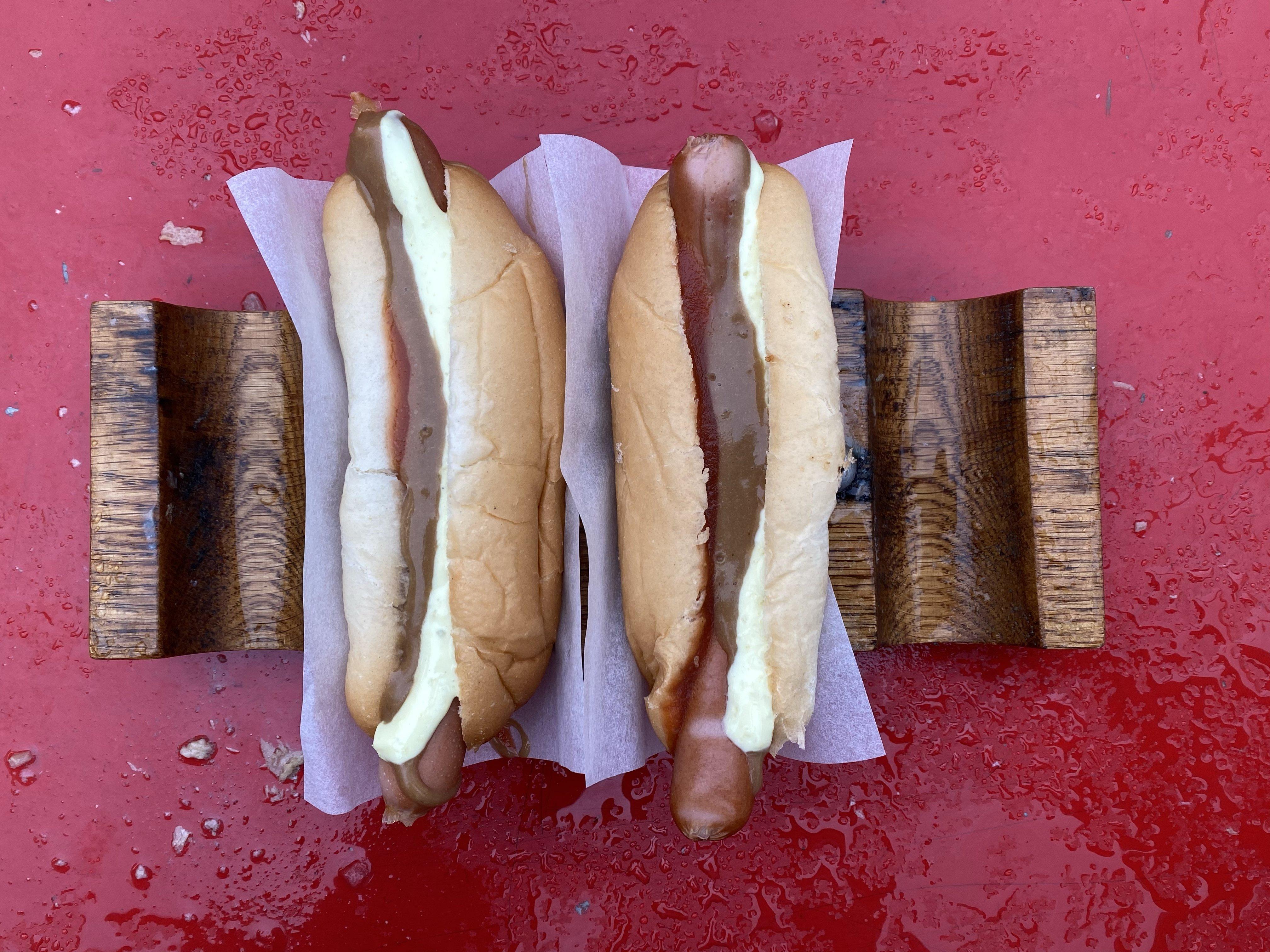 Yummy Icelandic hot dogs